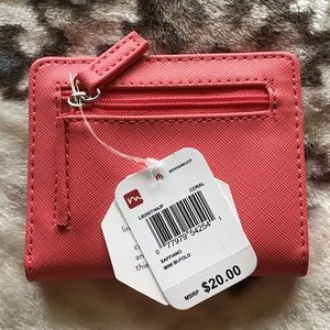 Handbags - 🔥🔥SALE🔥🔥Small wallet
